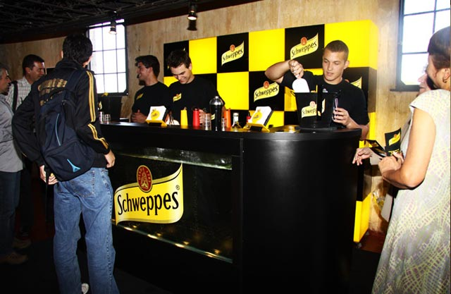 In Schweppes Motion - Meeting Creativity Wagon